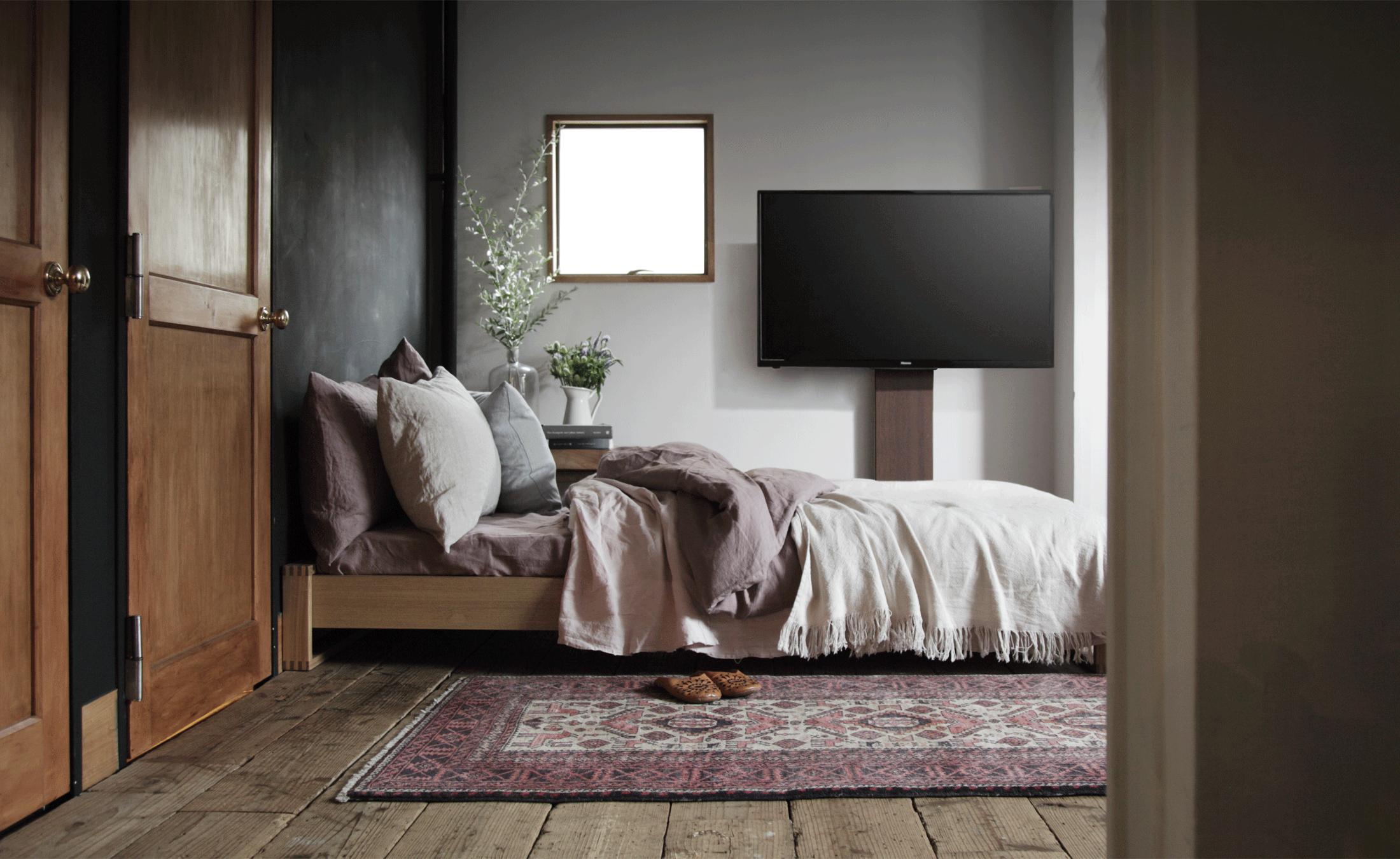 WALL INTERIOR TV STAND V3 壁寄せテレビスタンドV3 BEDROOM 1枚目