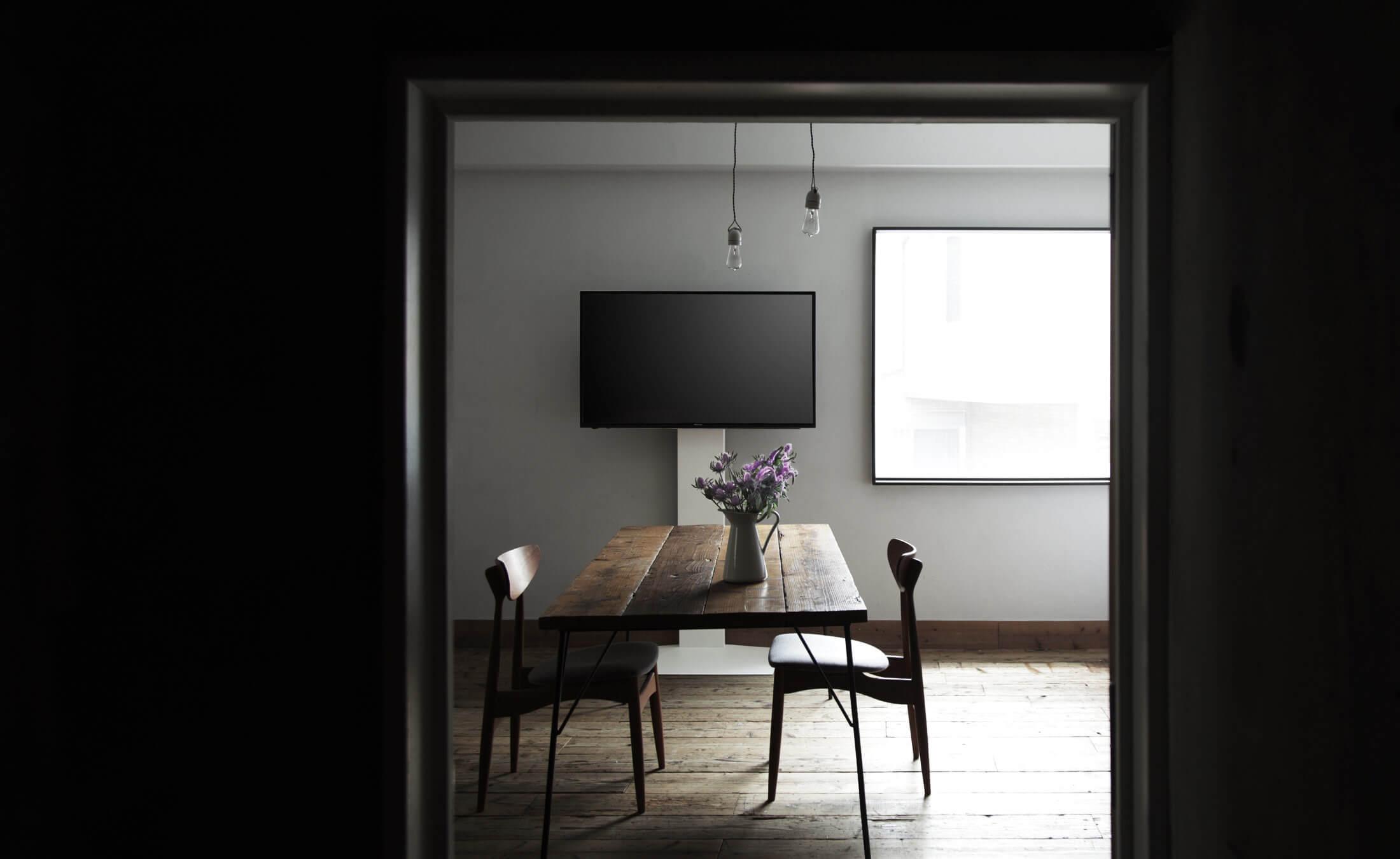 WALL INTERIOR TV STAND V3 壁寄せテレビスタンドV3 LIVING ROOM 1枚目